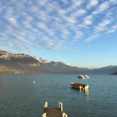 Un ponton sur le lac