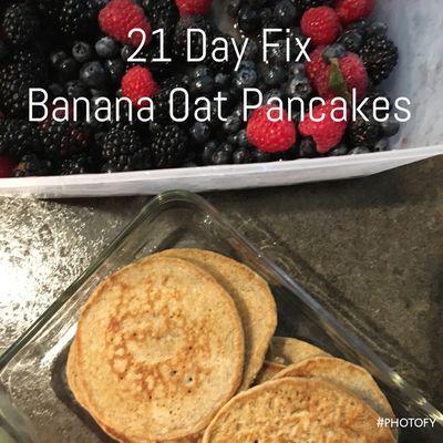 Banana Oat Pancakes - FIXate