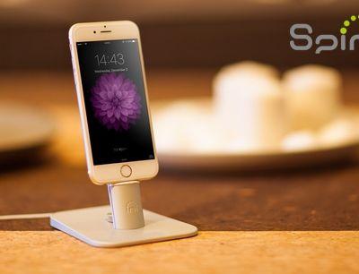 Un dock iPhone compatible avec toutes les coques