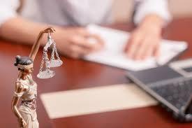Défendez vos intérêts avec un juriste bien expérimenté