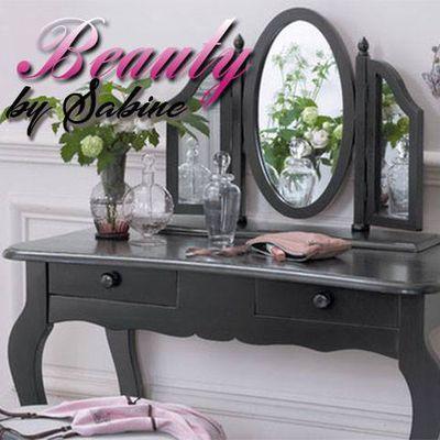 Class Beauty by Sabine