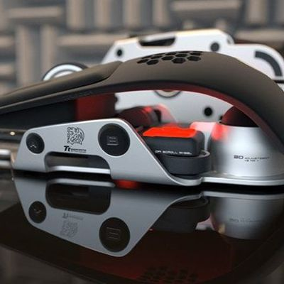 Souris Level 10 M design Thermaltake & BMW