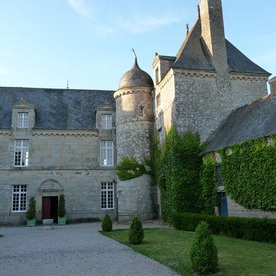Exposition Art'Folies au château de la Touche à Trébry