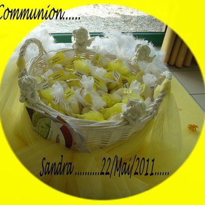 "TABLE DE COMMUNION "" ANGES "" .....22 Mai 2011.........Sandra"