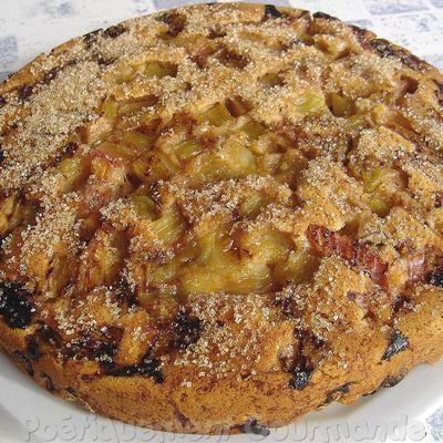Gâteau à la rhubarbe et cannelle