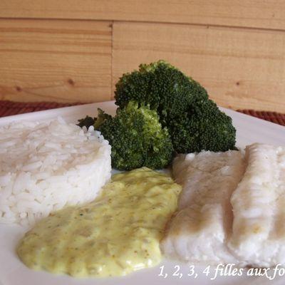Filet de poisson, sauce curry / échalote