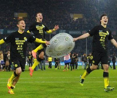 "Bundesliga (J32-J33) : ""Deutscher Meister !"""