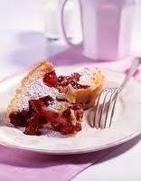 Clafoutis aux baies de goji et cranberries séchées