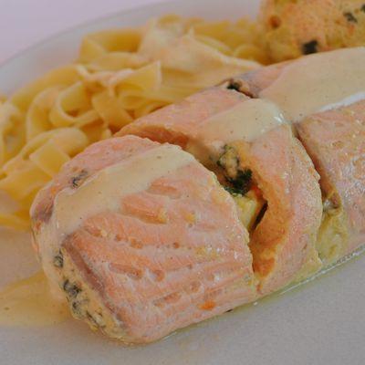 Paupiettes de saumon farcies aux légumes (cuisson vapeur)