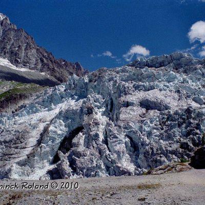 Glaciers des alpes. Le Glacier d'Argentière