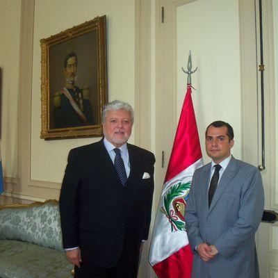 JOSE LUIS PEREZ SANCHEZ CERRO: EMBAJADOR DEL PERU