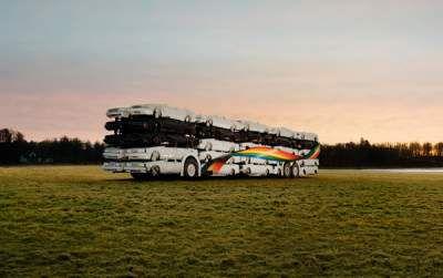 En Suède, rien de mieux que le bus pour prendre l'avion !