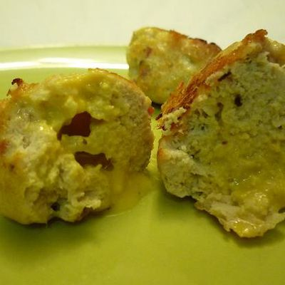 Boulettes de poulet au fromage - Chicken meatballs with sage, basil and American Cheese