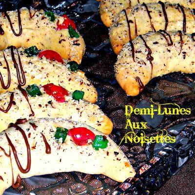 Biscuits-Demi-lunes aux noisettes pour les fêtes de fin d'année