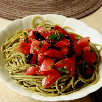 Spaghetti verts et rouges ultra-simples