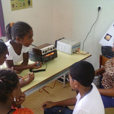 ATELIER RADIO COMMUNICATION DE KAZA L'ID