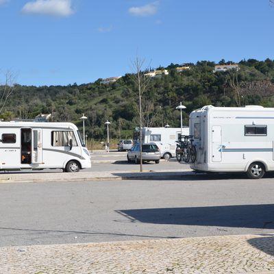 "Camping-cars en ""sauvage"" à Silves"