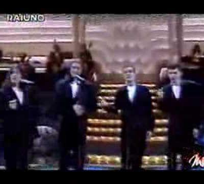 """""""Le ragazze"""": I """"Neri per Caso"""" zittiscono l'orchestra di Sanremo"""