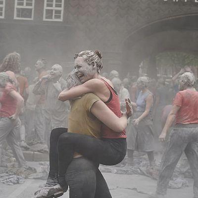 """G20 : en plein Hambourg, ces """"zombies"""" ont un..."""