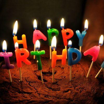 Quels logiciels permettent de réaliser un faire-part d'anniversaire soi-même ?