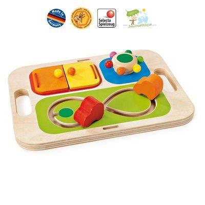Les premiers jouets de bébé, conseil pour l'éveil du jeune enfant