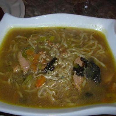 Comment préparer une soupe japonaise?