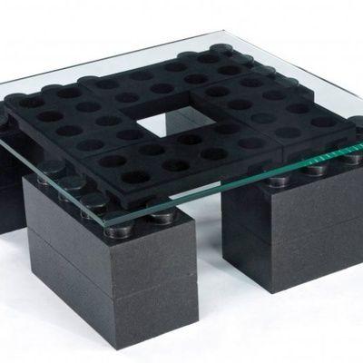 Comment choisir une table de salon design ? (conseils)