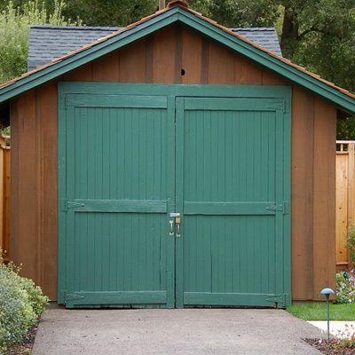 Porte de garage en bois : comment bien choisir sa porte de garage ? (conseils, idées, prix)