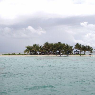Quels sont les avantages et les inconvénients de la compagnie Air Antilles ? (tarifs vols, type de réservation, aéroports desservis)