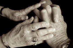 Maltraitance : 2 aides-soignantes suspendues à l'EHPAD de Gisors