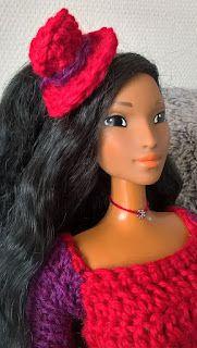 Vêtement au crochet pour poupée, style wonderland