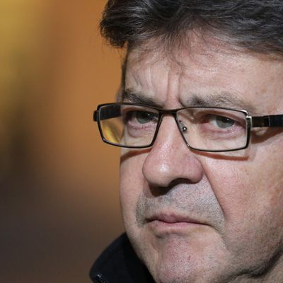 Quand Jean-Luc Mélenchon refuse qu'on le fouille à la manifestation pro-kurde à Paris (VIDEO)