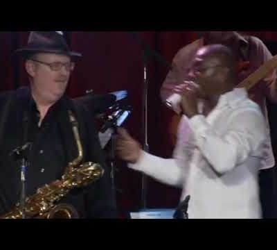 """Live Song #8 : """"So I Got to Groove"""" par Tower of Power"""