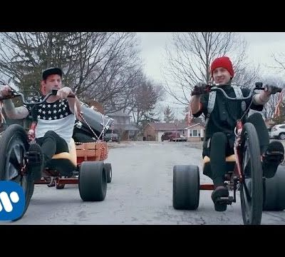 "Twenty One Pilots ""Stressed Out"""