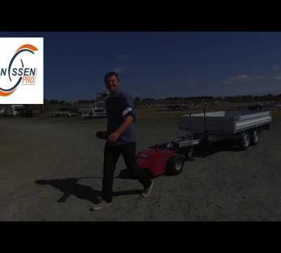 Le Multi-Mover en action : déplacement de remorque Humbaur 2 essieux