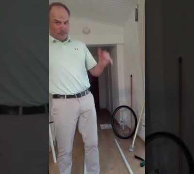JEUDI: Manu vous explique le backswing et Romain vous donne une leçon de putting