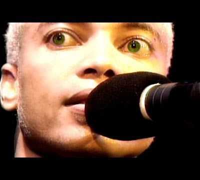 Terence Trent D'arby - Holding On To You - London 1995