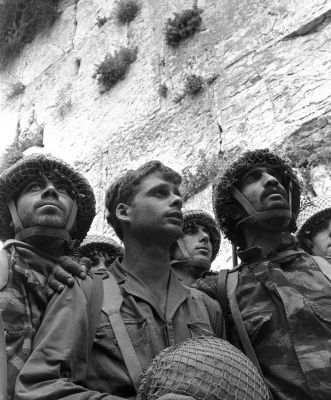 1967-2017 : La Guerre de Cinquante ans