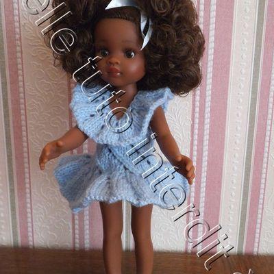 tuto gratuit poupée : robe ajourée et volantée