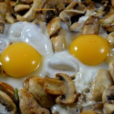 Champignons œuf en miroir au beurre de truffe blanche