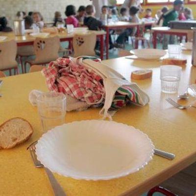 Doit-on externaliser les repas des cantines scolaires de Carrières-sous-Poissy ?