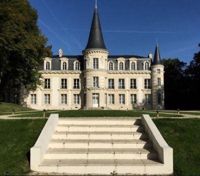 Yvelines : Marie-France Bokassa livre son enfance au château d'Hardricourt