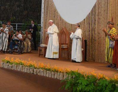 """Pour le pape François : """"Jamais les peuples autochtones n'ont été aussi menacés"""""""