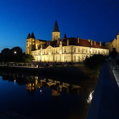 Paray le Monial by night