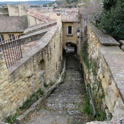Le vieux village de Rognes (1) / Balade dans les Bouches-du-Rhône