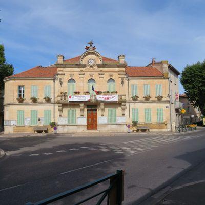 Le village de Saint-Cannat (1) un peu d'histoire / Balade dans les Bouches-du-Rhône