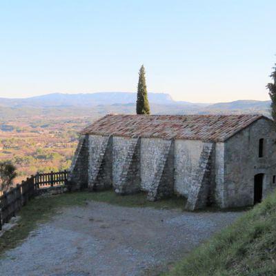 Le Puy-Sainte-Réparade (3) : la chapelle et la source de Gacharelle