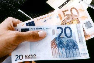 Avec la fin de l'argent liquide, la liquidation de la liberté de disposer de son bien monétaire sans traces visibles.