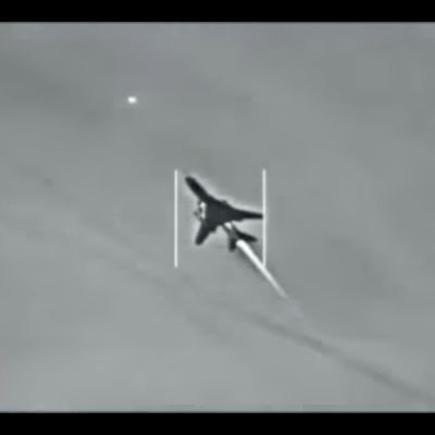 VIDEO - Le Su-22 Syrien abattu par un F/A-18E Super Hornet de l'US Navy