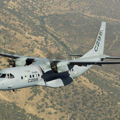 Les Emirats arabes unis commandent cinq C-295W